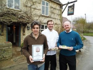 Archie Orr Ewing, chef Hubert Kosmola and Steve Cook celebrate their award