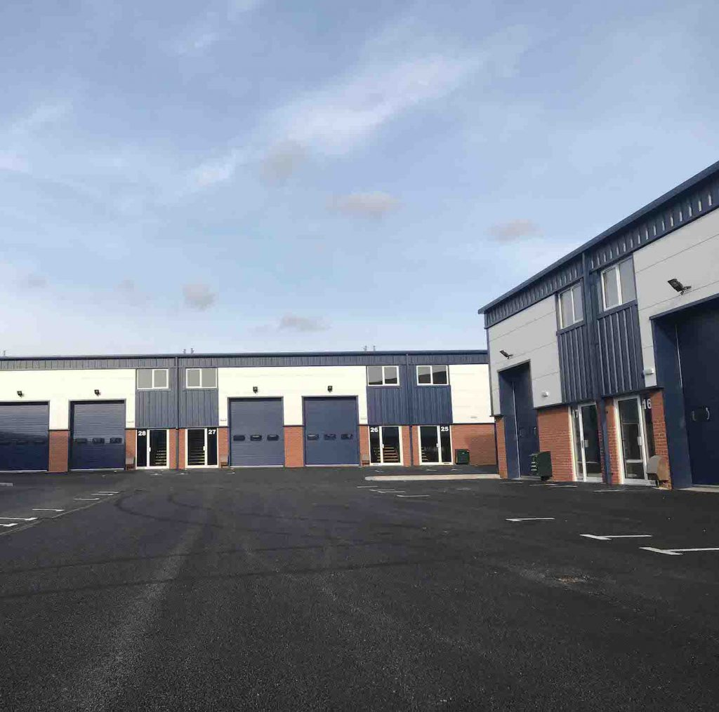 Stanley Court, Glenmore Business Centre, Witney – Terraces of New Industrial Units 2020[3]
